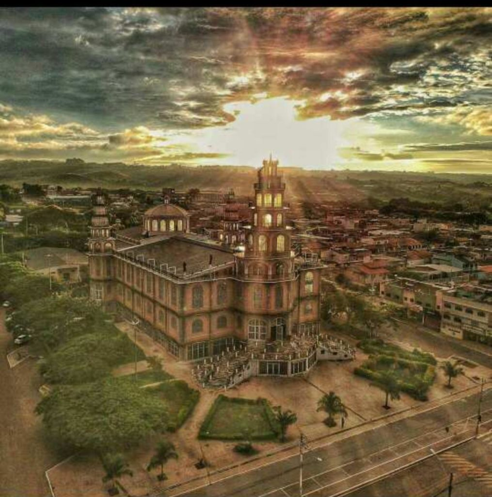 Santuário Arquidiocesano Menino Jesus, em Brazlândia-DF